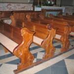 Nowe ławki i konfesjonały